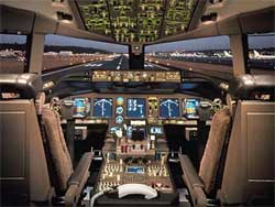 Flight_deck_777